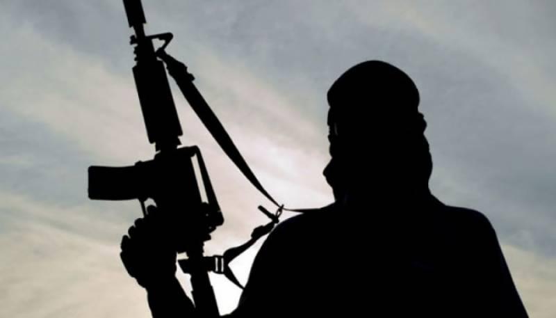 مطلوب دہشتگرد کی موجودگی کی اطلاع پرفورسز کا چھاپہ،شاہ فضل ہلاک
