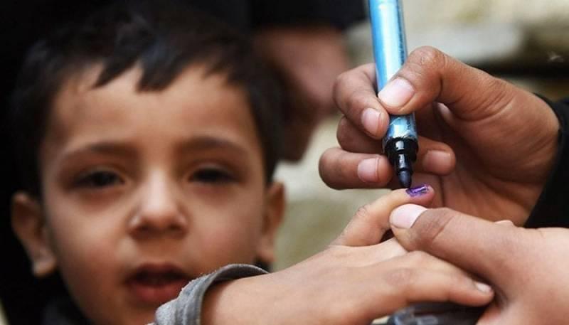 والدین پولیو ویکسین پلانے سے انکاری ،بچی میں پولیو وائرس کی تصدیق