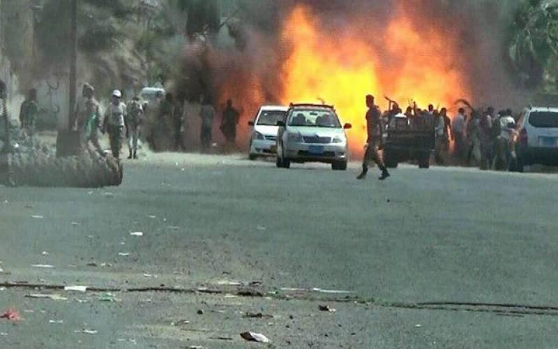 یمن، ائیرپورٹ اورصدارتی محل کے باہر دھماکے، وزیراعظم بال بال بچ گئے