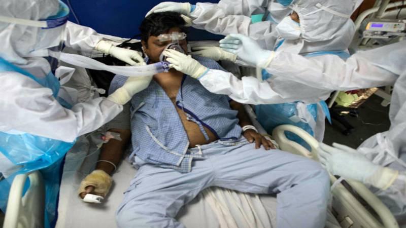 بھارت: کورونا بلندیوں پر،12ویں روز بھی 3 لاکھ سے زائد کیسز رپورٹ