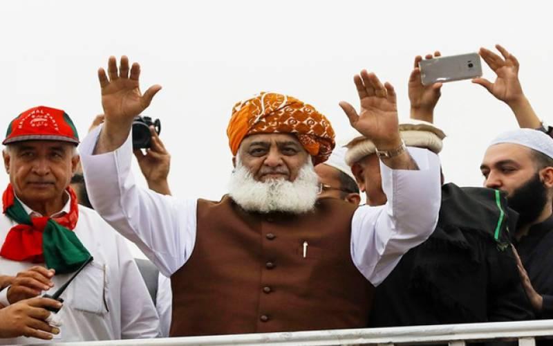 مولانا فضل الرحمان کی سیاست کس نے ناکام بنائی؟ مولانا شیرانی کا بڑا دعویٰ