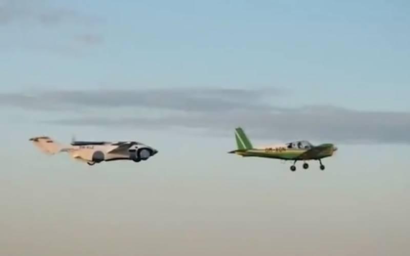 اڑنے والی گاڑی نے اپنی پہلی آزمائشی پرواز کامیابی سے مکمل کرلی، ویڈیو وائرل