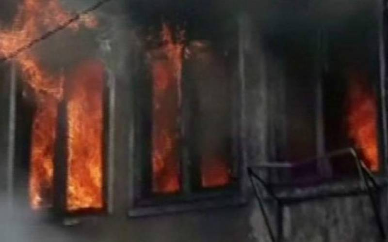 لاہور:آئل بنانے والی فیکٹری میں آگ لگ گئی