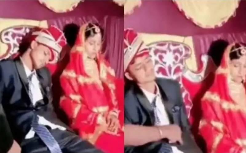بھارت میں ہونیوالی انوکھی شادی:دلہا اسٹیج پر ہی سو گیا