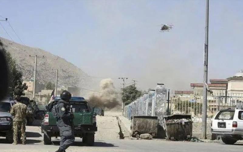 نماز عید کے موقع پر افغان صدارتی محل پر راکٹ حملہ