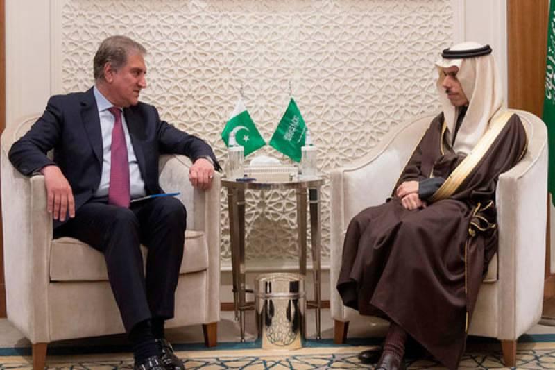 وزیر خار جہ کی سعودی ہم منصب سے ملاقات،مختلف امور پر تبادلہ خیال