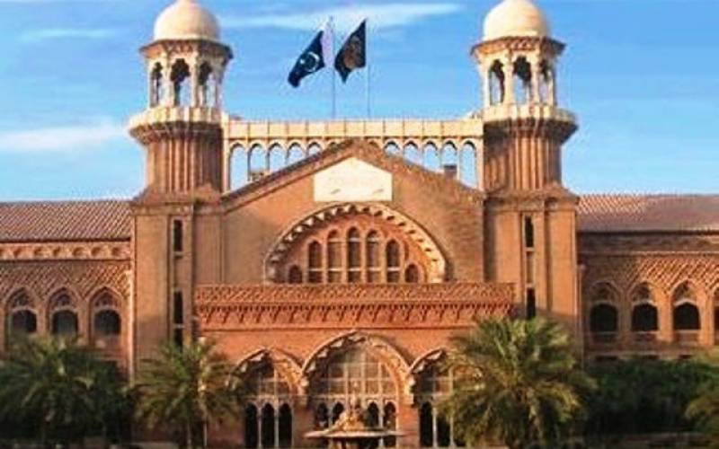 حکم عدولی کا الزام ۔۔نئے چیف سیکرٹری پنجاب کو توہین عدالت پرنوٹس جاری