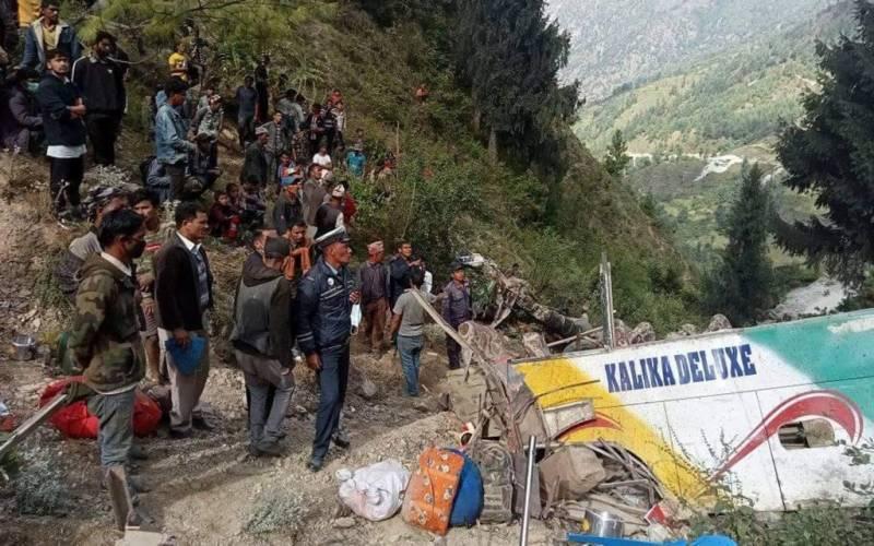 نیپال ، بس، حادثہ